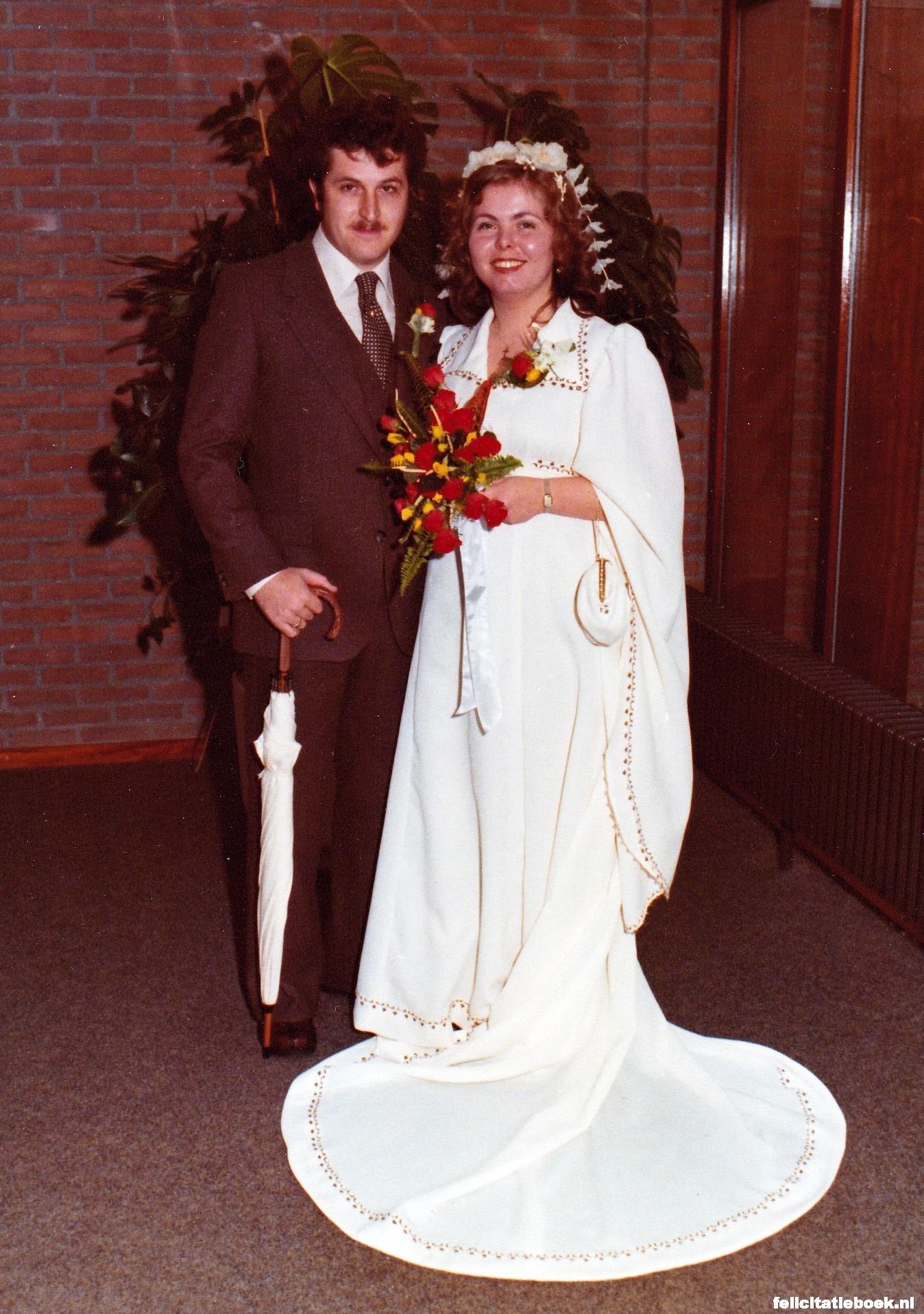 bruidspaar 40 jaar 40 jaar getrouwd is een robijnen bruiloft huwelijksfeest maak een  bruidspaar 40 jaar
